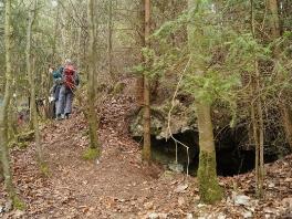Höhlen im Kathäusertal und Offnethöhlen_6