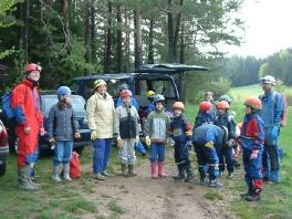 Ahlfelder Windloch mit Jugend 2004